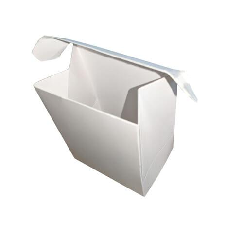 Caixa para acessórios personalizada, a fotografia foi tirada de cima, e a tampa está aberta então é possível ver a parte interna da embalagem.